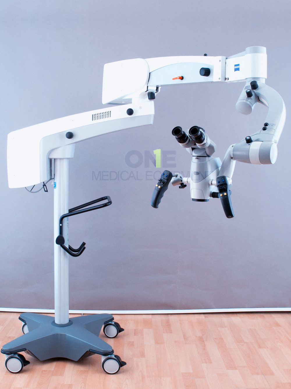 Used-Carl-Zeiss-OPMI-Sensera-S7-Floor-Stand.jpg